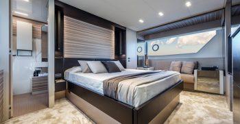 Ferretti Yachts 670 Main Deck